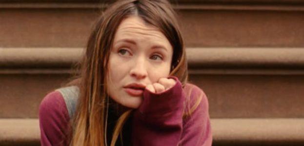 Emily Browning in teaser trailer Golden Exits