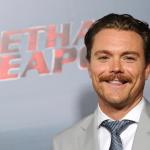 Lethal Weapon hoofdrolspeler Clayne Crawford ontslagen, Fox op zoek naar vervanging