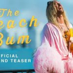 The Beach Bum trailer met Matthew McConaughey als Moondog