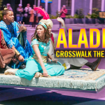Acteurs Aladdin samen met James Corden in Crosswalk The Musical!