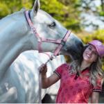Britt Dekker komt met eigen Paardenpraat-film Whitestar
