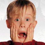 Archie Yates, Ellie Kemper & Rob Delaney in Disney+'s Home Alone reboot
