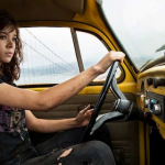 Hailee Steinfeld als Kate Bishop in Hawkeye Disney+ serie
