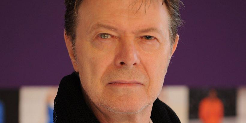 Zanger en acteur David Bowie overleden