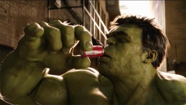 Ant-Man en The Hulk delen cola in nieuwe tv-spot