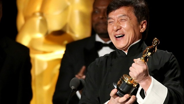 Jackie Chan wint ere-Oscar