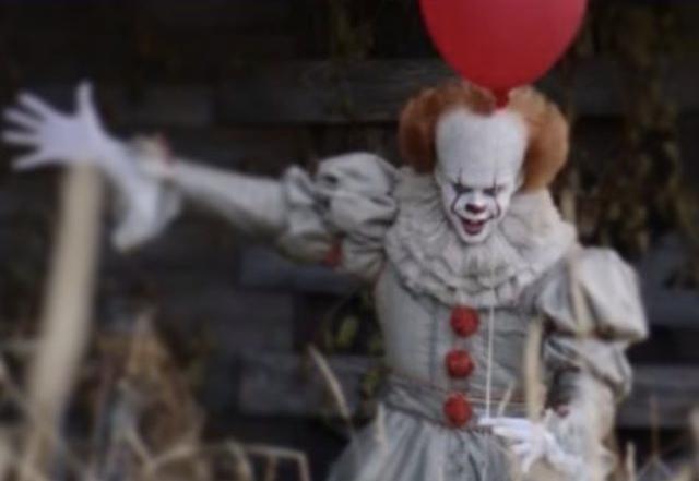 Nieuwe foto van Pennywise in remake Stephen King's IT