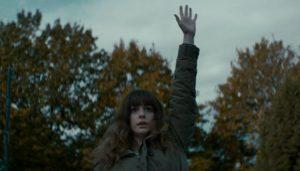 Anne Hathaway speelt met Kaiju in Colossal