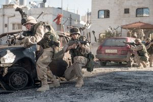 Trailer Netflix's Sand Castle met Nicholas Hoult & Henry Cavill