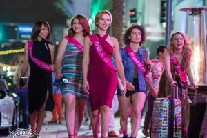 Rough Night Red Band trailer met Scarlett Johansson