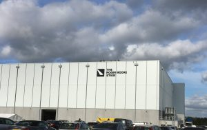 Pinewood Studios opent The Roger Moore Stage