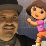Michael Peña en Eva Longoria in Dora the Explorer