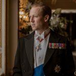 Eerste blik op Tobias Menzies als Prince Philip in The Crown