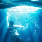 Trailer en poster voor Breakthrough