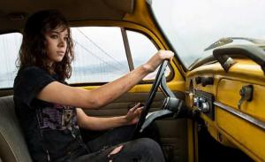 Hailee Steinfeld als Kate Bishop in Hawkeye Disney+ serie