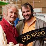 Peter Jackson brengt ode aan overleden acteur Ian Holm
